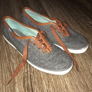 Keds Wool Blend, Gray Wool, Brown accents, Sz 7